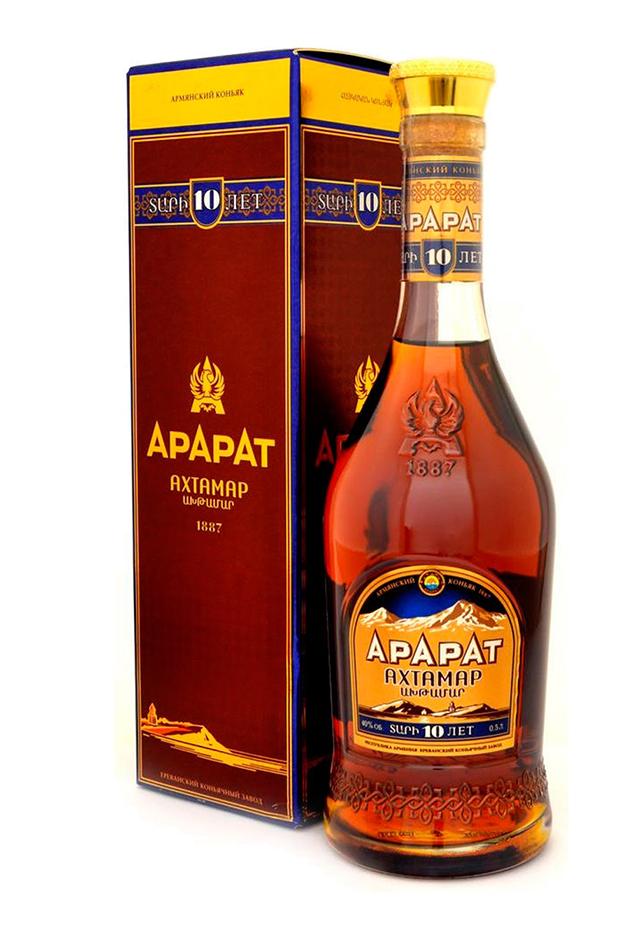 Brandy ArArAt, Akhtamar, 10 Let, 0,5L. Armenija z dostavo v Sloveniji