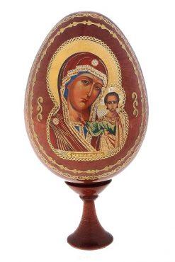 Деревянное яйцо с иконой на подставке