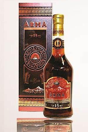 Армянский коньяк АРМА, выдержка 15 лет 0,5л. с доставкой по Словении